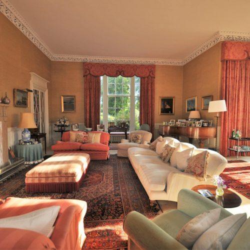 Carnell Estate Lounge